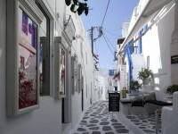 Grecia închide barurile și restaurantele la miezul nopții, după explozia cazurilor de Covid-19