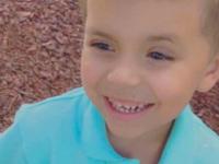 Crimă tulburătoare. Un copil de 5 ani, împușcat mortal de un vecin, pentru că a mers cu bicicleta în grădina lui