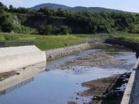 """Organizațiile de mediu, revoltate. Cei care fac unele construcții în albiile râurilor riscă doar o amendă: """"O lege proastă"""""""