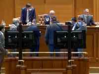 Parlamentul a respins OUG privind majorarea alocațiilor cu 20%. Reacția lui Klaus Iohannis