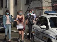 Noi detalii în cazul șoferiței care a intrat intenționat cu mașina într-un polițist. Cum și-a motivat gestul