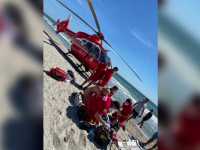 Doi turiști, trași de curenți în largul mării, la Corbu. Unul dintre ei a murit