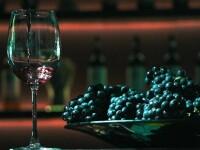 România ar putea primi bani de la UE pentru a transforma vinul în gel dezinfectant