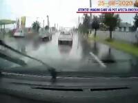 O șoferiță a lovit în plin o femeie și pe fiul ei de 6 ani, pe trecerea de pietoni