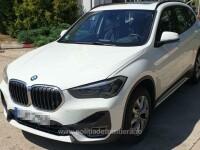 Un român a închiriat un BMW de 43.000 € și nu l-a mai dus înapoi. Ce au găsit polițiștii în rucsacul fiicei sale