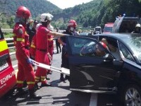 Accident grav în Valea Oltului. Nouă persoane au fost implicate, şase sunt rănite