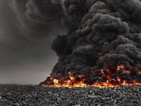 Video. Cel mai mare depozit de anvelope uzate din lume a luat foc