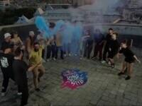 Imagini spectaculoase surprinse în București. Cei mai buni dansatori din țară au făcut spectacol pe terasa unui bloc