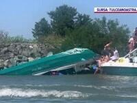 Alarmă în Delta Dunării. O șalupă cu 13 adulți și 5 copii s-a răsturnat