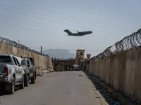 Talibanii oferă asigurări că evacuările vor fi permise inclusiv în septembrie. Afganistanul, amenințat de ISIS