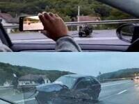 Accident îngrozitor în Cluj-Napoca. Unul dintre autoturisme a rămas fără motor. VIDEO