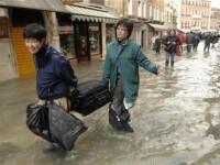 Cel putin 15 morti din cauza furtunilor din Franta si Spania!