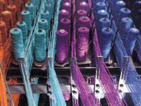 Industria textila romaneasca se duce de rapa. Mii de oameni sunt dati afara