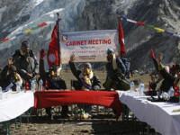 Sedinta de guvern pe Everest, la peste 5200 de metri altitudine!