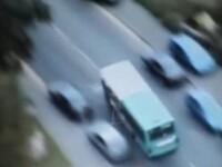A luat autobuzul, la propriu, si a facut prapad pe sosea! VEZI VIDEO!