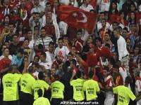 Microbistii turci, mai violenti ca ai nostri!Macel inaintea unui meci.Video