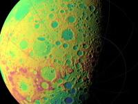 Imagini surprinzatoare! Detalii impecabile de pe fata nevazuta a Lunii