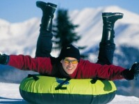 Noul sezon de schi va aduce in statiunea Straja o partie de snow tubing. Cand se va deschide