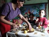 Cine isi abandoneaza copiii va munci in folosul comunitatii. Noul proiect al Ministerului Muncii