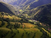 30.000 de romani au petrecut ultimul weekend de vara la munte. Destinatiile preferate ale turistilor