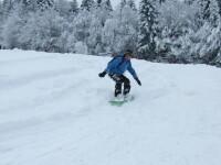 Distractie de weekend, la munte. Sambata, la Predeal va avea loc un concurs de schi alpin