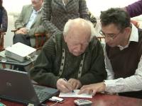 Un veteran de razboi, primul beneficiar al cardului de sanatate. Cum va fi folosit din 2013