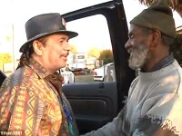 S-au reintalnit dupa 40 de ani. Santana si-a gasit fostul tobosar pe strazi, traind in saracie.VIDEO
