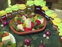 Produsele traditionale iau drumul strainatatii. Turistii care au vizitat Romania, indragostiti de bunatatile de la noi