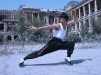 Bruce Lee al Afganistanului. Cum a ajuns un tanar din Kabul, pasionat de kung-fu, o adevarata senzatie pe Facebook