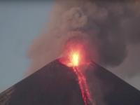 Eruptie spectaculoasa a vulcanului Momotombo din Nicaragua, dupa o pauza de 110 ani. VIDEO