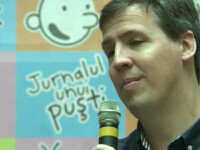 """Autorul seriei """"Jurnalul unui pusti"""" a venit in Romania. Care este secretul succesului unui best-seller pentru copii"""