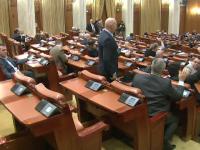 Parlamentarii il sfideaza pe Iohannis si nu renunta la pensiile speciale de mii de lei. Gestul facut luni de liderii PSD