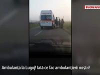 Scene revoltatoare intr-un oras din Romania. Soferul unei ambulante, filmat in timp ce foloseste masina pe post de taxi