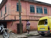 O FALSA ambasada SUA din capitala Ghanei, inchisa abia dupa un deceniu. Cine a pus la cale escrocheria