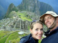 Cea mai lunga luna de miere din lume. Cate destinatii a bifat un cuplu de americani in cinci ani de zile si cum s-au finantat