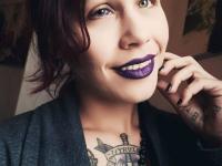 """O americancă s-a lăsat tatuată de iubitul ei. """"O greșeală masivă. Risc să orbesc"""""""