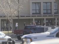 Trei morţi într-un atac armat la un liceu în statul american New Mexico. Atacatorul a fost ucis, anunţă şeriful