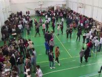 Târg gastronomic organizat de elevii din Mioveni pentru colegii nevoiași