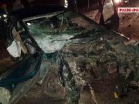 Accident grav în Timiș. 2 persoane au rămas încarcerate zeci de minute