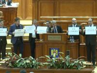 Regulamentul Camerei Deputaţilor, modificat de Florin Iordache. Opoziţia a acuzat instaurarea cenzurii în Parlament
