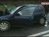 Accident cu 3 autovehicule, la ieşirea din Balş
