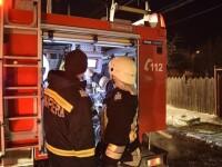 Un bătrân din Timiș a ars de viu, după ce a căzut pe sobă