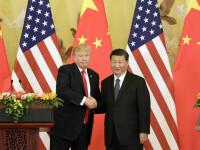 Războiul comercial SUA - China. Trump amână aplicarea tarifelor de 10% pentru laptopuri