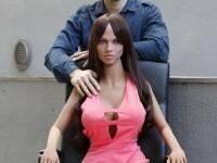 Povestea inventatorului care vrea să facă copii cu robotul sexual creat chiar de el