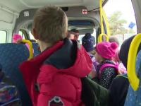 Veste bună pentru elevi. Abonamentele pentru transportul școlar vor fi din nou decontate
