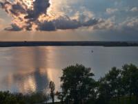 Alertă pe Lacul Siutghiol, după ce poliția a fost alertată că două persoane plutesc pe apă