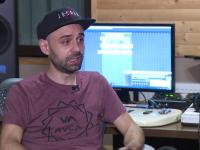 Românul care compune melodiile celor mai celebri artiști din lume. Cu ce cântărețe a colaborat