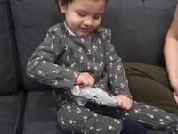 Reacția unei fetițe care își primește cadoul de Crăciun a emoționat internetul. Ce a primit