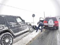 Vremea rea a afectat 7 județe. Zeci de mașini au rămas înzăpezite