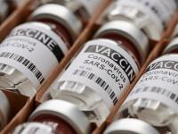 Medic: Imunitatea oferită de vaccinare este superioară celei obţinute de trecerea prin boală